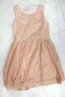 DRESS JARING KREM TANPA LENGAN SHOULDER OFF