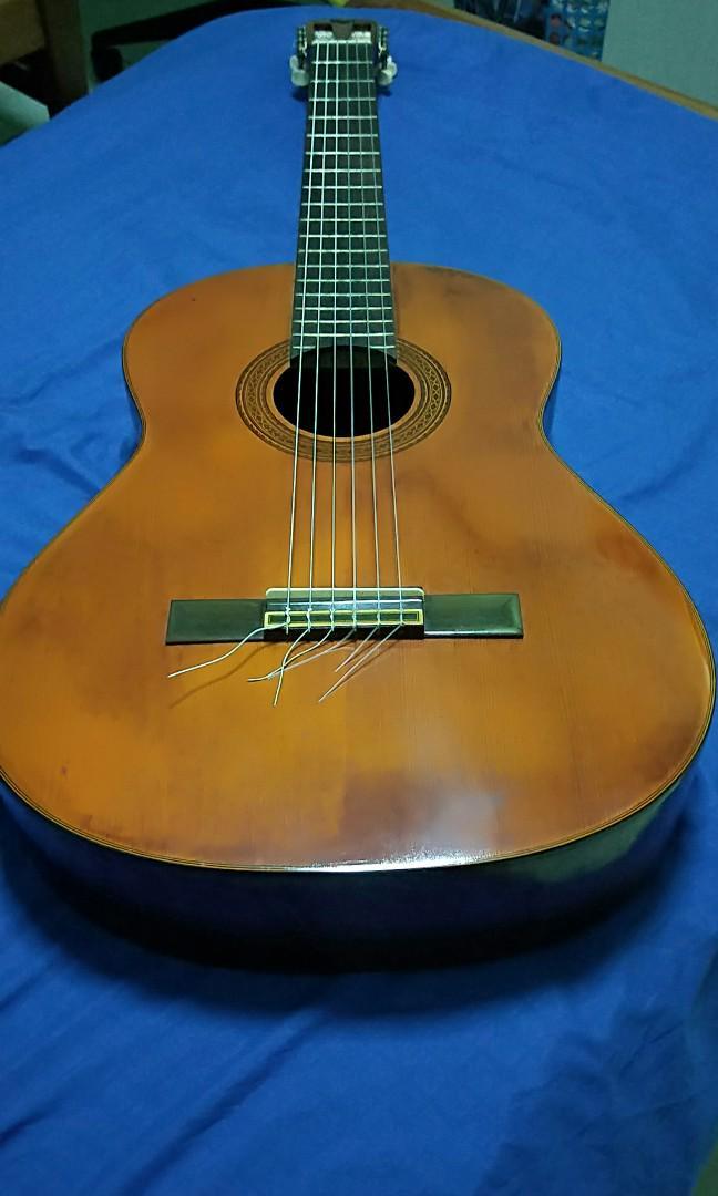 1985 GC 11 yamaha guitar, Music & Media, Music Instruments