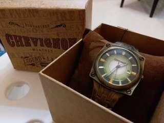 Chevignon 懷舊錶
