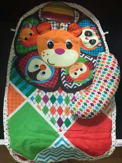 Sozzy tummy time activity mat