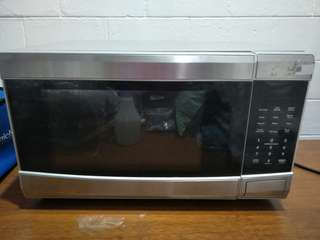 25L Microwave Oven