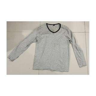GAP Long Sleeve T-Shirt