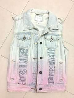 Forever 21 Cropped Denim Sleeveless Jacket