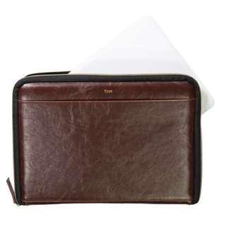 "Typo 13.3"" Vintage tan laptop case"