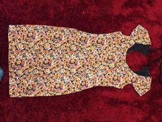 Review size 8 floral dress