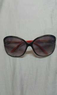 TOMFORD..sun glasses