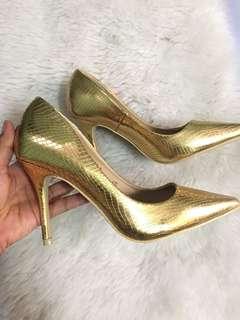 Gold Stilleto