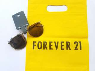 SALE   F21 Brown Aviator with tag
