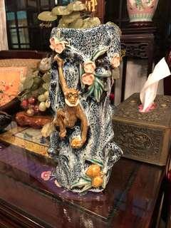 Vintage Chinese shiwan monkey vase