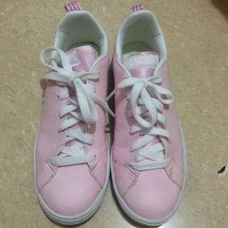 Adidas neo advantage pink