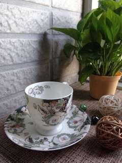 🚚 骨瓷咖啡杯組