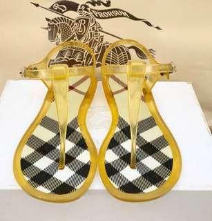 🚚 [專櫃正品]23號鞋底經典BURBERRY夾腳涼鞋✨直接降價1500✨