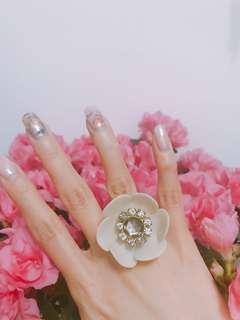 Jill Stuart flower ring