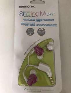 Couple Sharing Memorex Pink Earphones IE350 In Ear