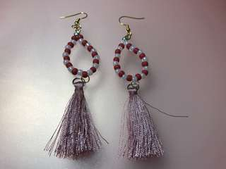 Tassel bead earrings (red & light pink beads)
