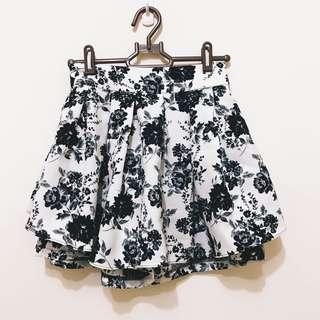 🚚 黑白大花短裙褲裙
