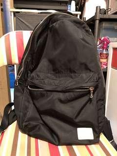 9成新Agnis B Sport b 黑色背囊背包backpack