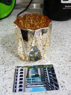 Tea light holder