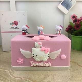 🚚 Hello Kitty Tissue Box