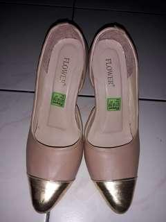 Sepatu Heels size 37