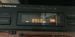 Pioneer tuner F-201 收音機