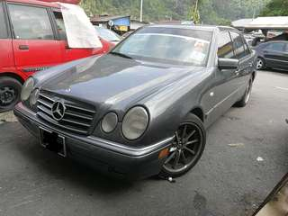 Mercedes benz W210 E-class 2.4