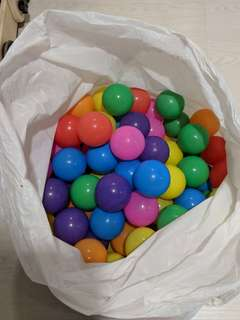 Colorful Plastic Playing Balls