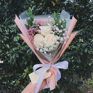 Vandella Rose Bouquet