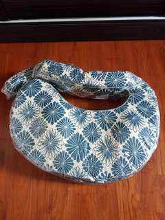 My Brest Friend Nursing pillow