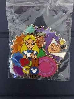 迪士尼 Disney Alice愛麗斯 徽章Pin