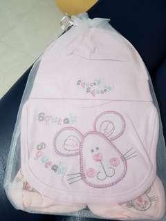 🚚 BNIB pink baby girl set - mitten. Booties. Baby hat. Bib. Socks