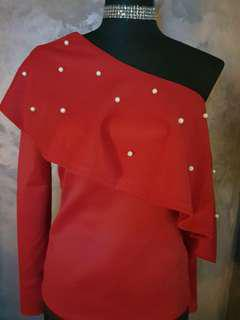 Red pearly top
