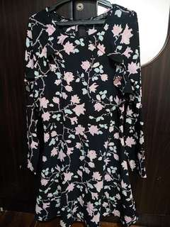 Cotton on dress, used once size XS