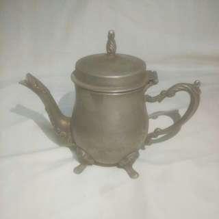 🚚 早期法式茶壼(鑄鐵)