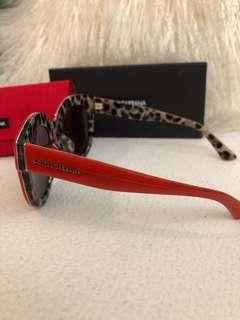 D&G紅面豹紋底太陽眼鏡