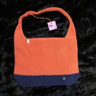 [NEW] Original Dowa Crochet Bag in Peach/Navy