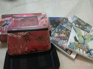 Nintendo 3DS XL Special Red edition with 4 games