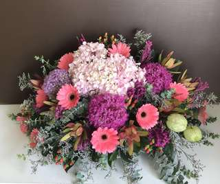 fresh flowers arrangements