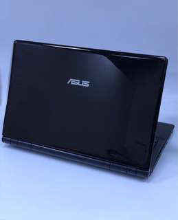 "AUSU Laptop 15.6"" Core i5-M560@2.67GHz 4GB RAM 160GB HDD"