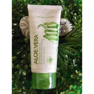 Nature Republic Soothing and Moisture Aloe Vera Foam Cleanser