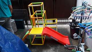 Foldable Kiddie Slide And Crawl