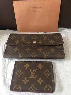 Original Preowned LV Wallet with free Card holder!