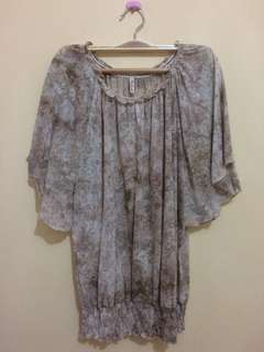 Atasan 'Natural' developed by C2 size S