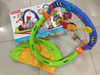 Fisher Price Miracles & Milestones 3-in-1 Gym