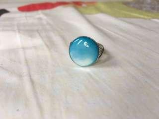 天藍色戒指💍 珠寶展購入