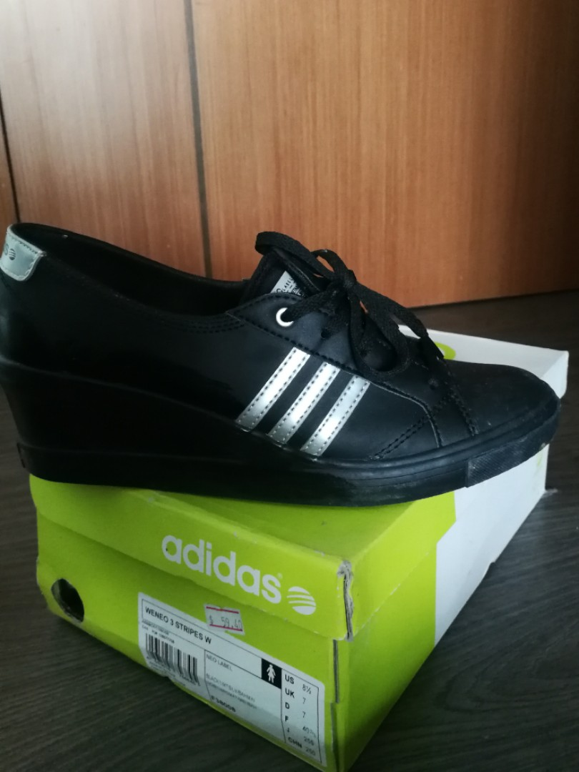 39588ecce Adidas Neo, Women's Fashion, Shoes, Sneakers on Carousell