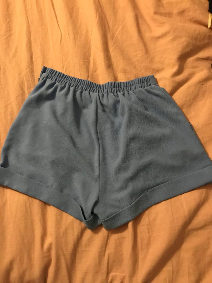 Blue American Apparel crepe shorts sz L