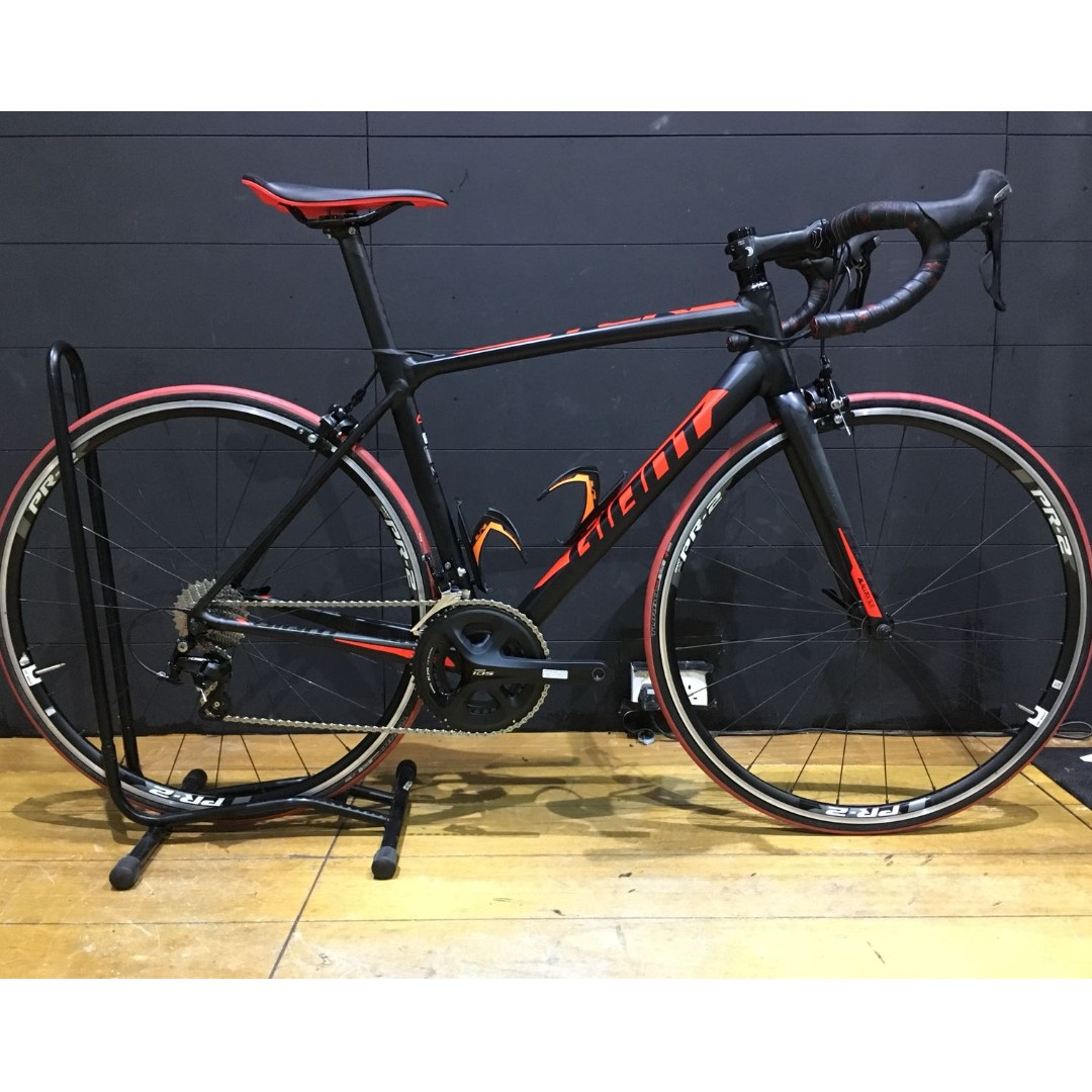 0c406eb58af Giant TCR SLR 2 - Road Bike, Bicycles & PMDs, Bicycles, Road Bikes on  Carousell