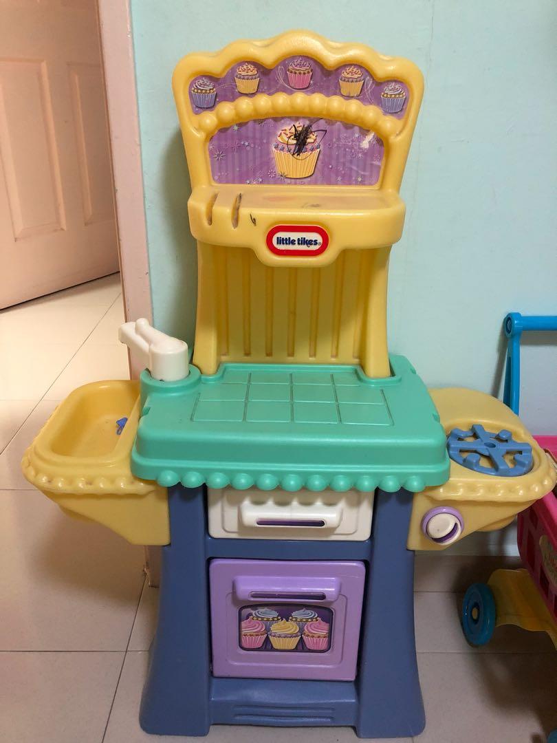 Little Tikes Kitchen Set, Toys & Games, Others on Carousell