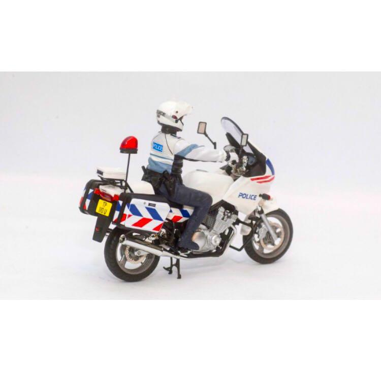 Masterpiece Collectible) SPF Traffic Police Bike, Bulletin